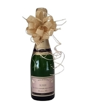 personalised-champagne-with-pretty--bow
