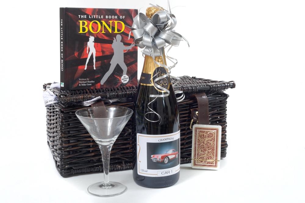 007-bond-personalised-champagne-hamper