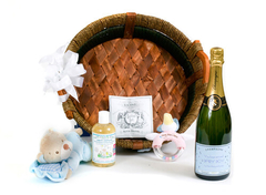 Mother-and-new-baby-personalisied-Champagne-hamper