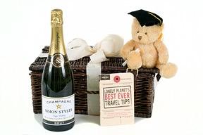 personalised-champagne-graduation-hamper