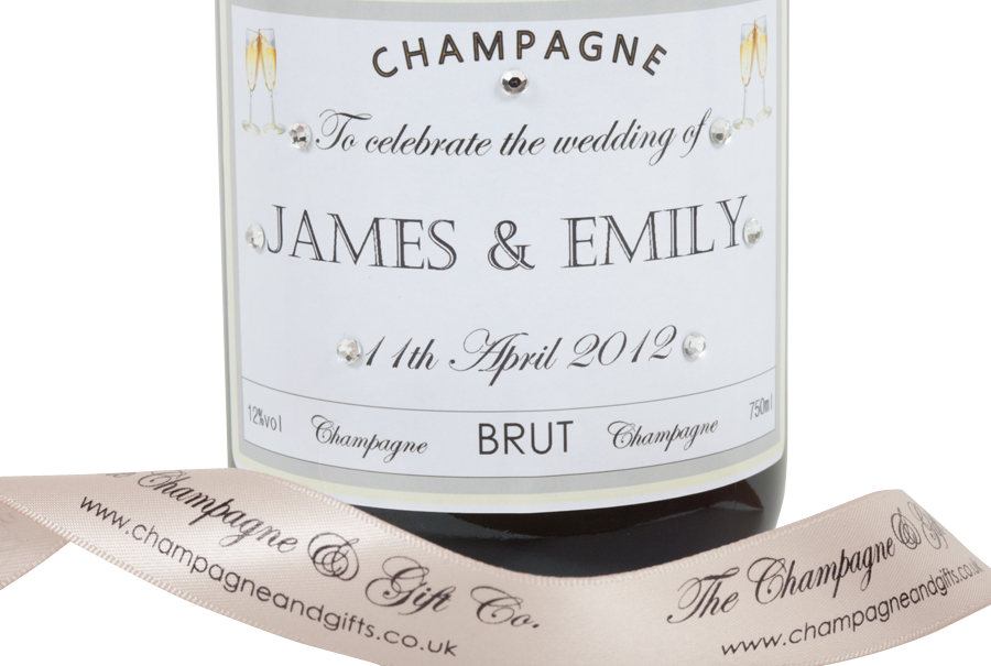 personalised-champagne-for-wedding